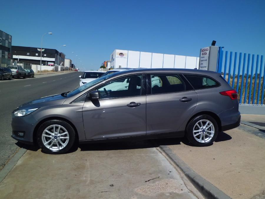 FORD FOCUS ST GASOLINA