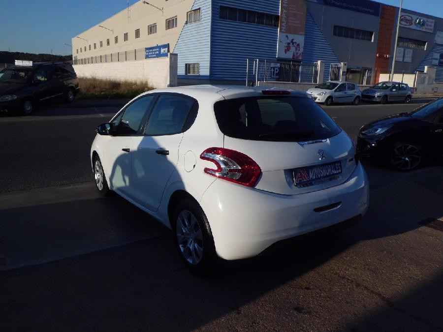 PEUGEOT 208 BUSINESS DIESEL