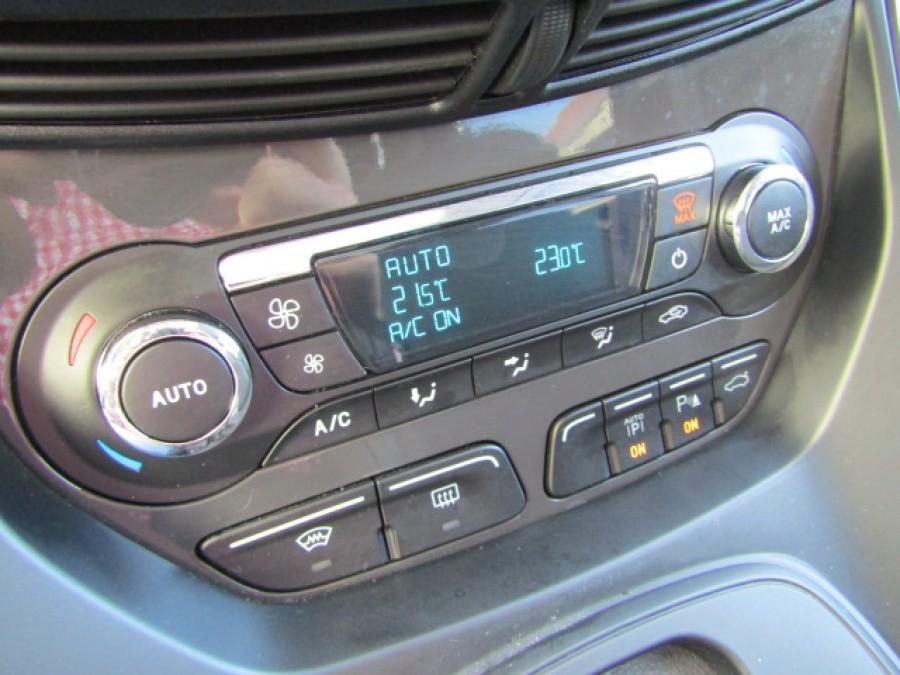 FORD KUGA AUTO 4X4 DIESEL